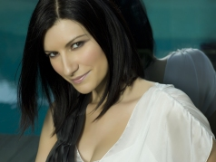 laura_pausini_background_wallpaper.jpg
