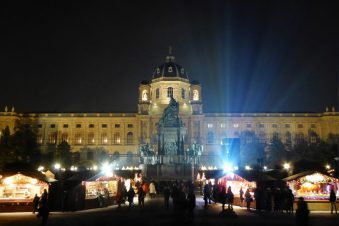 The Museum of Fine Art and the Christmas Market