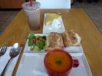 Soup, sandwich, iced coffee and killer key lime pie at Leoda's in Olawalu