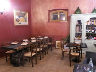 The main dining room at Tuscany Divine