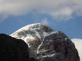 """This mountain should be named """"Round Top"""". Still snow in late May!"""