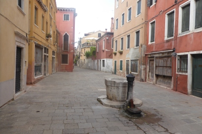 "The ""street"" where my apartment was located in Venice"