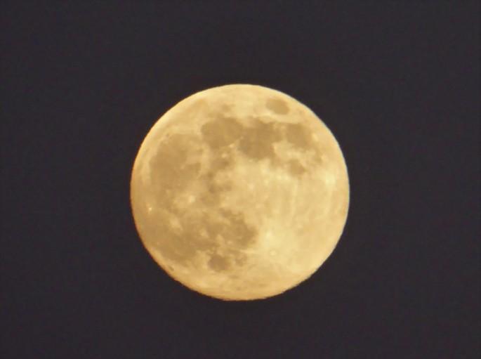 Full Moon Rome