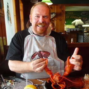 Dances with Lobsters - Warren's Lobster House, Kittery Maine