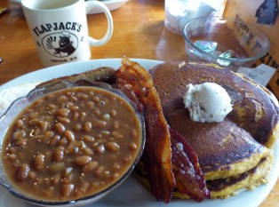 Baked beans, bacon and pumpkin pancakes at Flapjacks