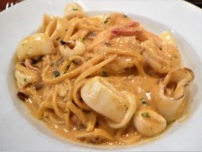 Pasta with calamari and shrimp