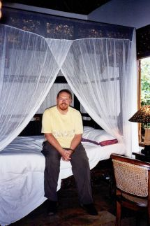 Checking in at Honeymoon Guest House in Ubud