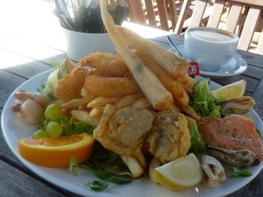 The seafood dinner at Moeraki Cafe
