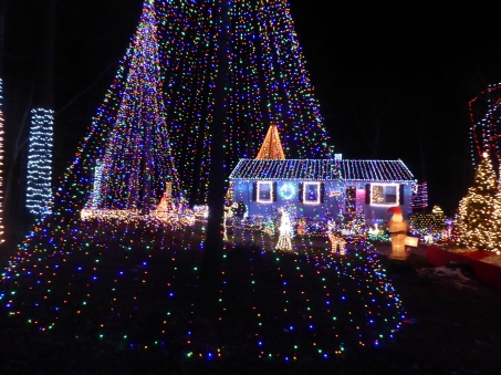 """""""Christmas Exploded"""" - Connecticut"""