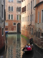 Another street, another gondola...