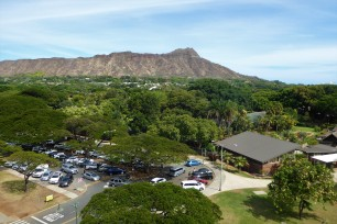 The zoo and Diamond Head