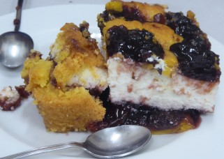 Warm ricotta cake with black cherries