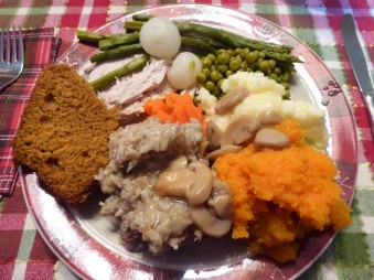 A colorful Christmas Dinner