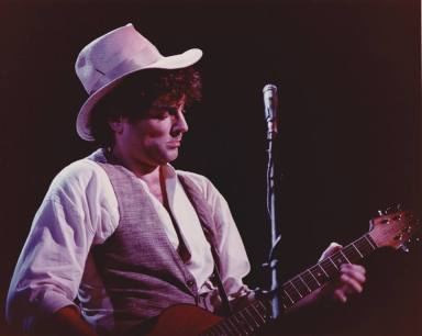 Lindsey during the Mirage tour... photo courtesy of Jeff Nelson