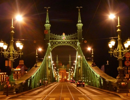 The magical Liberty Bridge to Buda...